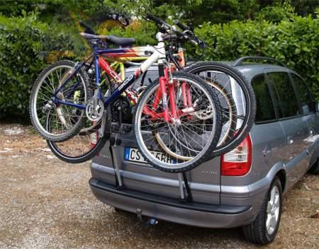 Bagażnik rowerowy na tylną klapę MENABO Main